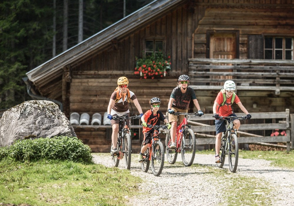 Mountainbike_Kinder_Familie_Marbach